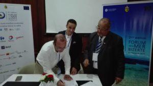 signature de la convention cadre entre l'Assocition MAN mediérannée Action Nature et AISP