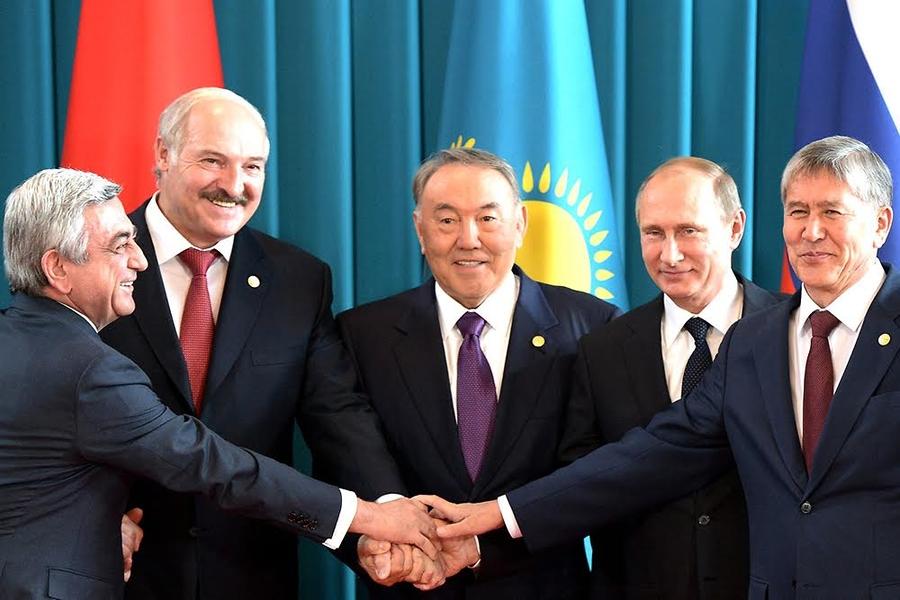 L'Union économique eurasiatique : pragmatisme économique, pragmatisme géopolitique ou recomposition d'un « bloc » ?